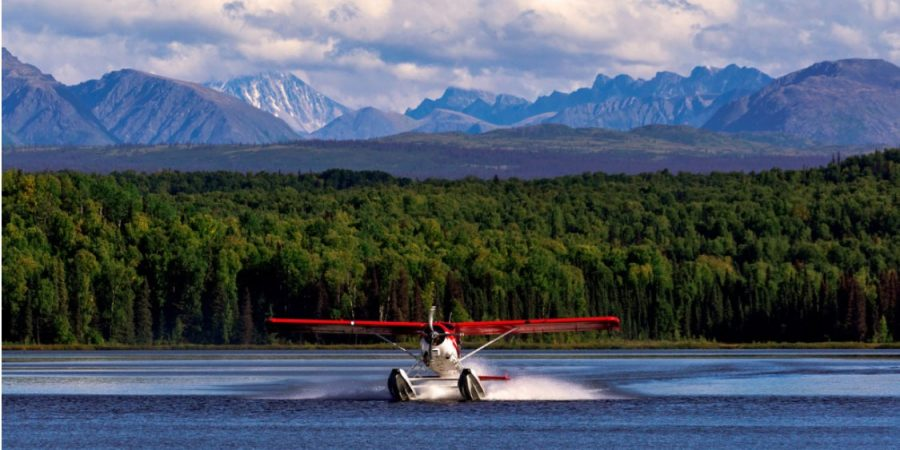 Float Plane BC Mountains